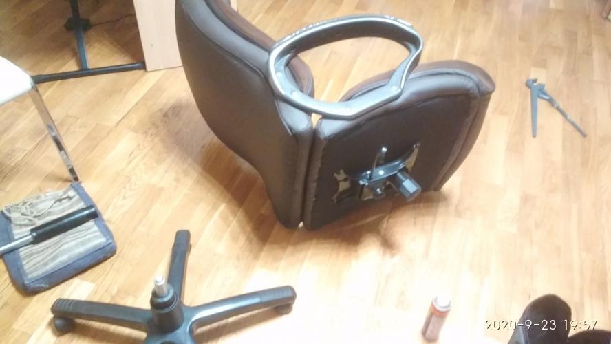 Ремонт компьютерного кресла на колесиках - замена газлифта